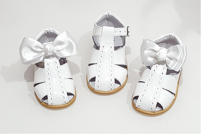 Spanish Bow Sandals – White – Leather