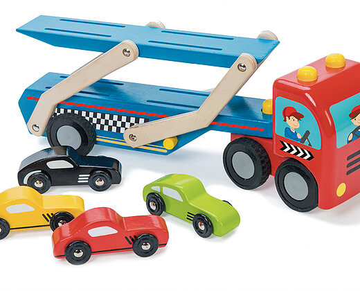 le-toy-van-race-car-transporter-set