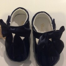 Couche Tot Baby Girl Leather Mary Jane Bow Pram Shoes – Navy