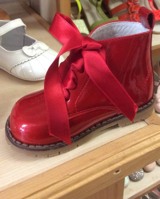 Pretty Originals Red Boots